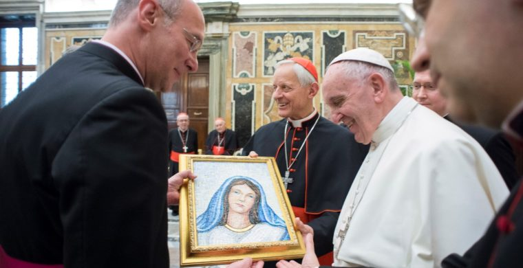 MADONNA, GIFT FOR PAPA FRANCESCO